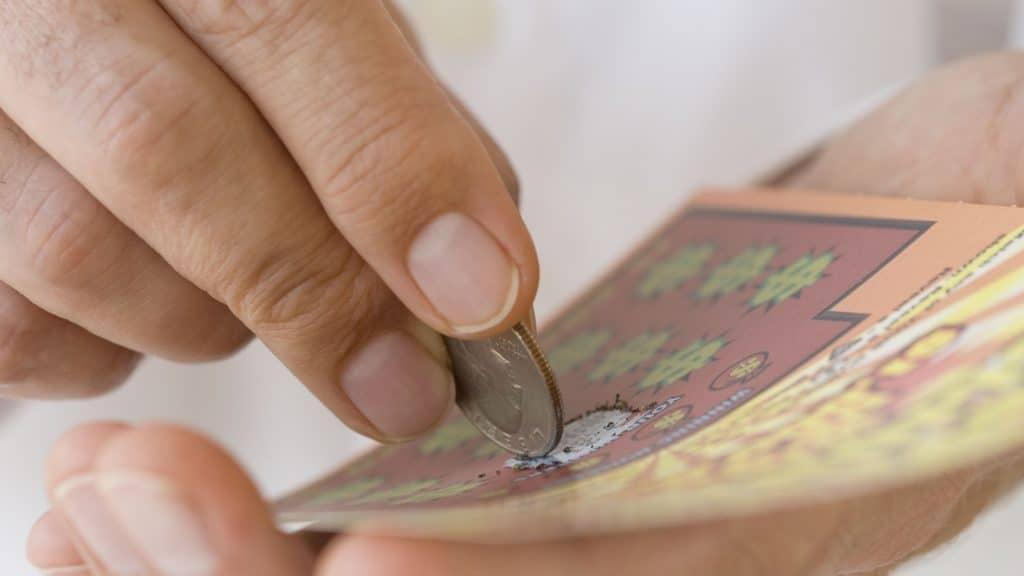 Zdrapki online - natychmiastowa loteria o prostych zasadach