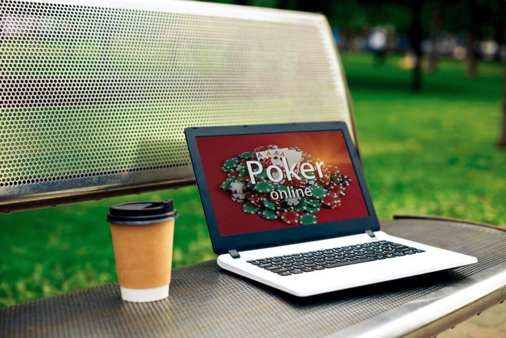 Poker online - Texas Hold'em czy może dobierany?